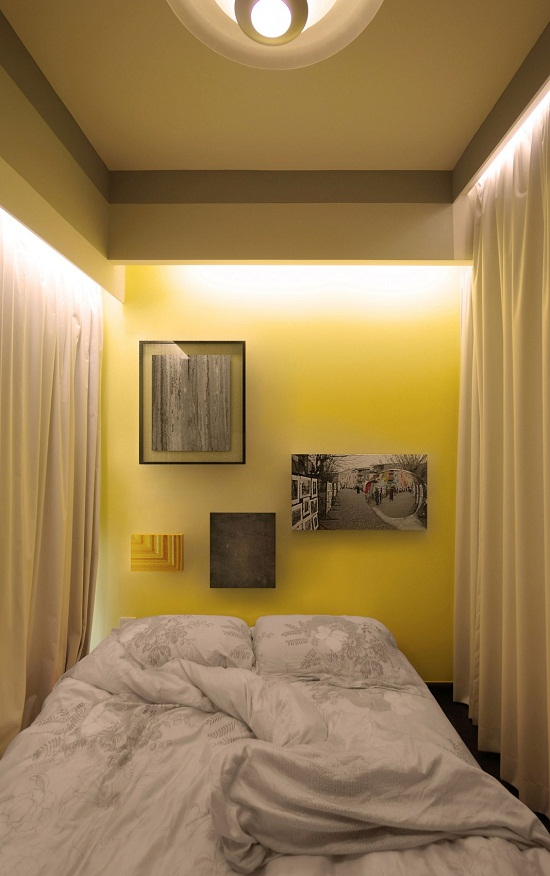 Rèm cửa được sử dụng ở trên cửa sổ không cản trở ánh sáng tràn vào căn phòng nhưng với mức độ vừa phải. Vào ban đêm, các rèm cửa đảm bảo sự riêng tư cho người sử dụng trong căn phòng của mình.