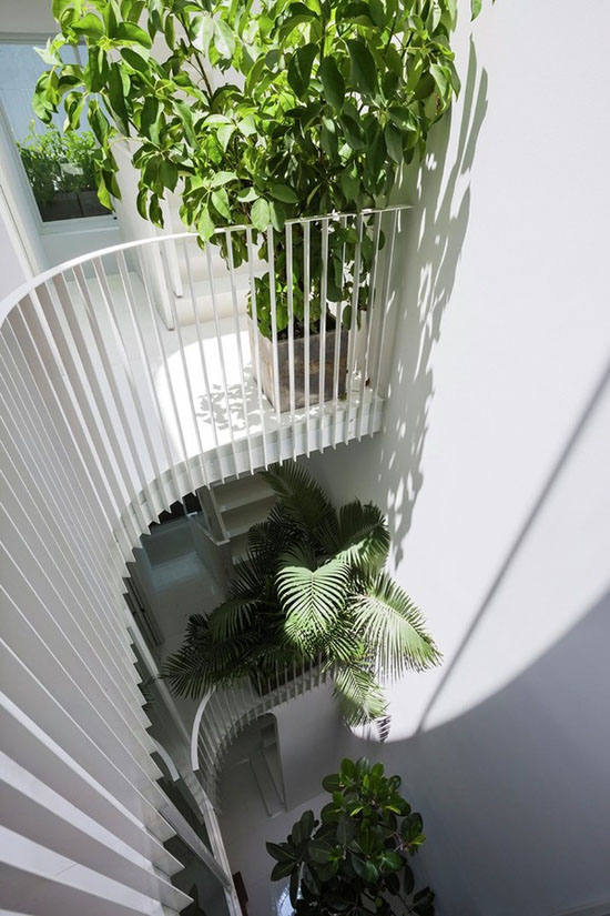 Tạo ra sự kết nối theo chiều dọc cho ngôi nhà.