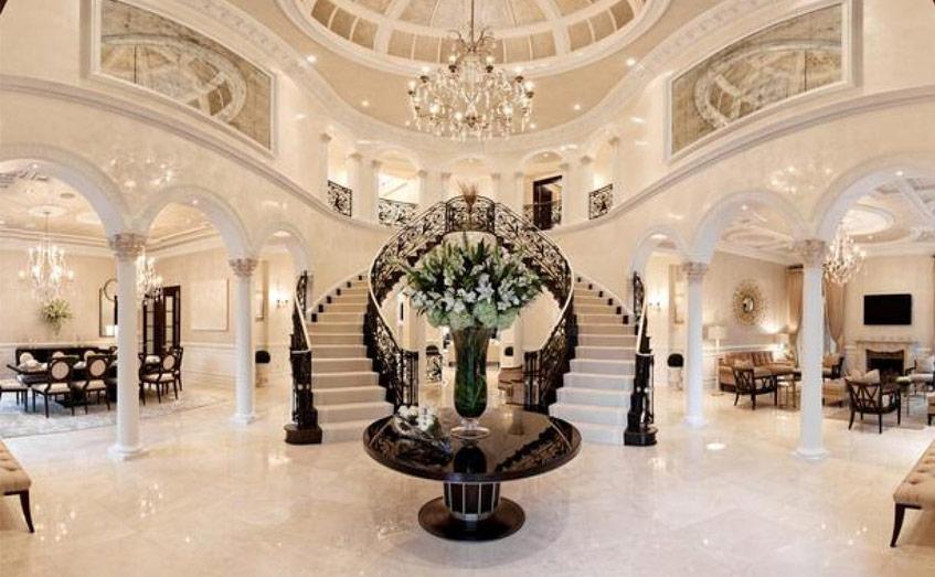 Cầu thang góp phần tạo điểm nhấn nổi bật cho nhà tầng, nhất là những không gian thiết kế theo phong cách hiện đại, sang trọng như: nhà ở sang trọng, chung cư cao cấp, biệt thự, resort