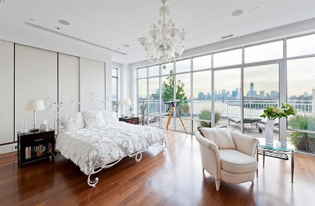 Sở hữu một phòng ngủ tường kính, chắc chắn những giây phút nghỉ ngơi của bạn sẽ là những khoảnh khắc tuyệt vời nhất.