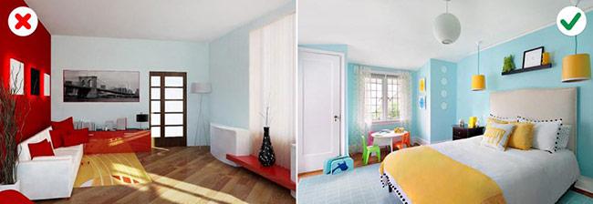 kết hợp nhiều màu sắc khác nhau trong một ngôi nhà, đừng kết hợp chúng theo tỉ lệ cân bằng mà nên lựa chọn một gam màu chính rồi dùng những gam màu khác để làm màu điểm xuyến
