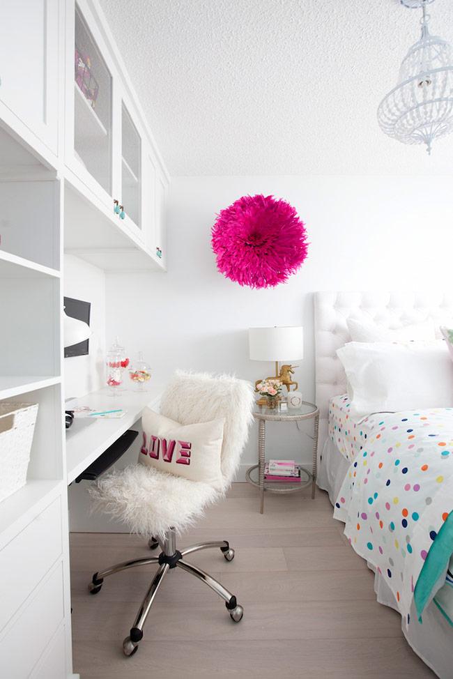 ngôi nhà hiện đại chúng ta thường phải đối mặt với vấn đề thiếu không gian, vì vậy bạn cần những giải pháp thiết kế không gian đa chức năng, những mẹo sắp xếp đồ nội thất nhằm tiết kiệm những khoảng không quý giá