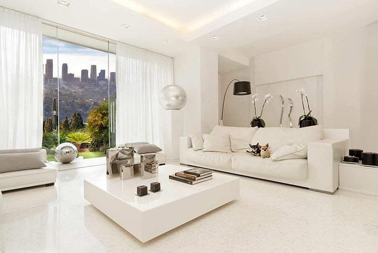 Sơn tường và sử dụng nội thất sáng màu